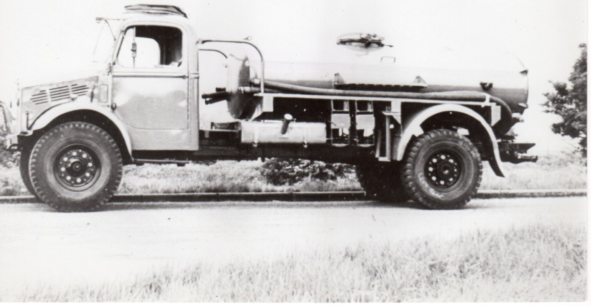 Beford OY water tanker
